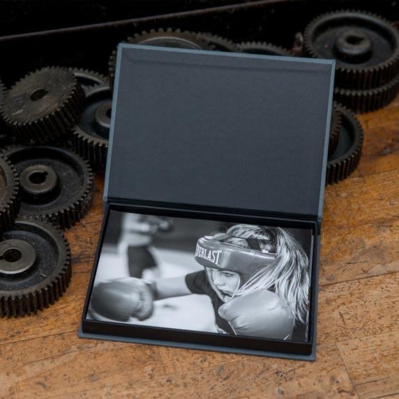 Bildbox öppen grå